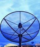 Satelliet schotel Stock Afbeelding