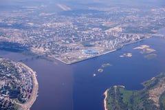 Satellietbeeld bij een samenloopvolga rivier en Oka-rivier stock afbeelding