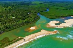 Satellietbeeld van Cumuruxatiba-strand, Prado, Bahia, Brazilië stock fotografie