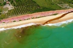 Satellietbeeld van Cumuruxatiba-strand, Prado, Bahia, Brazilië royalty-vrije stock fotografie