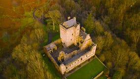 Satellietbeeld van de Middeleeuwse ruïne van Kasteelcampbell in Glen Dollar, Clackmannanshire, Schotland