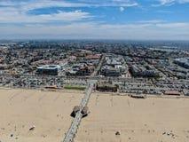 Satellietbeeld van de Pijler, het strand & de kustlijn van Huntington royalty-vrije stock foto