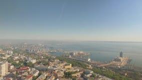 Satellietbeeld van de stadscentrum van Odessa, haven en Opera en Ballettheater stock video