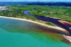 Satellietbeeld van de stranden van CaraÃva & Corumbau-, Porto Seguro, Bahia, Brazilië stock afbeeldingen