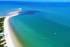 Satellietbeeld van de stranden van CaraÃva & Corumbau-, Porto Seguro, Bahia, Brazilië royalty-vrije stock fotografie