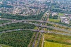 Satellietbeeld van een multilane weg dichtbij Eindhoven, Netherlan royalty-vrije stock afbeelding