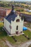 Satellietbeeld van Heilige Nicholas Church in Medzhybizh-kasteel Vesting als bolwerk tegen Ottomaneuitbreiding wordt gebouwd in 1 stock foto's