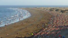 Satellietbeeld van het Engelse Strand, Canarische Eilanden stock videobeelden