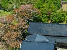 Satellietbeeld van het typische huis stock afbeeldingen