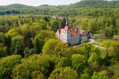 Satellietbeeld van kasteel-paleis van de Telling Schonborn in Zakarpattia, de Oekra?ne royalty-vrije stock fotografie