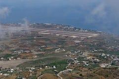 Satellietbeeld van luchthaven van Santorini, Griekenland royalty-vrije stock fotografie