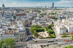 Satellietbeeld van Montmartre met de Basiliek van Sacre Coeur, Parijs, de hoofdstad van Frankrijk stock foto's