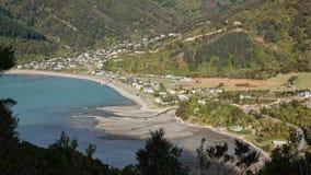 Satellietbeeld van Okiwi-Baai, Marlborough-Geluiden, Nieuw Zeeland stock fotografie
