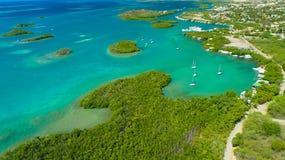 Satellietbeeld van Puerto Rico Faro Los Morrillos DE Cabo Rojo Het strand van Playasucia en Zoute meren in Punta Jaguey royalty-vrije stock fotografie