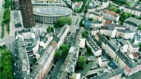 Satellietbeeld van straten van Frankfurt-am-Main, Duitsland stock videobeelden