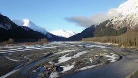 Satellietbeeld van Verrijzenisrivier in Alaska stock video