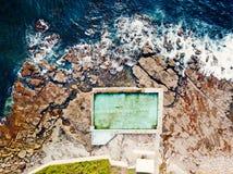 Satellietbeelden van de Oceaanpool van Coalcliff, Australië royalty-vrije stock foto
