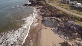 Satellietbeeldkust, Punta Colorada, Maldonado, Uruguay stock videobeelden