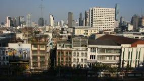 Satellietbeeldlandschap en cityscape van Bangkok bij het District van Klaprak, Thailand stock videobeelden