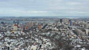 Satellietbeeldlengte van centraal deel van grote stad stock videobeelden