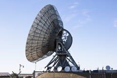Satellit- kommunikationer i Burum, Nederländerna Fotografering för Bildbyråer