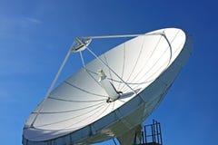 Satellite di comunicazione bianco Immagine Stock Libera da Diritti