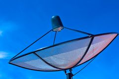 Satellite dish in blue sky Royalty Free Stock Photos