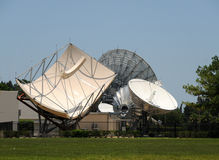 Satellitenantennen Stockbild