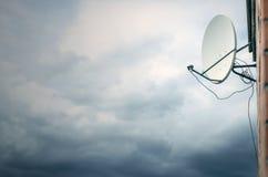 Satellitenschüssel Stockbild