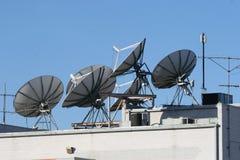 Satellitenschüsseln Lizenzfreie Stockbilder