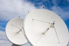 Satelliti all'osservatorio nazionale di astronomia radiofonica Immagini Stock