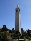 Sathertoren en de campus van de Universiteit van Californië royalty-vrije stock foto's