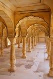 Sattais Katcheri Hall en Amber Fort près de Jaipur, Ràjasthàn, Inde Images libres de droits