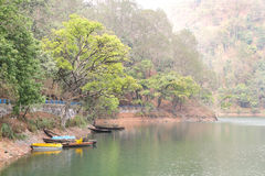 Sattal湖美好的风景  免版税库存图片