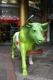Satue van een Groene Koe Stock Foto's