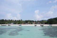 SATUN THAILAND - MARS 19,2017: landskap runt om den Ko Lipe stranden i S Fotografering för Bildbyråer