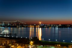 Saturday night blue hour at the Mississippi River in Baton Rouge stock photography