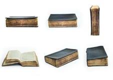 Satz alte alte Bücher mit lokalisiertem Hintergrund Stockfotografie