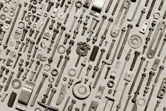 Satz alte rostige Metallschrauben, Nüsse - und - Bolzen Stockfoto