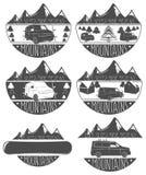 Satz Aufkleberberge, Autos, Bäume, Snowboards stock abbildung