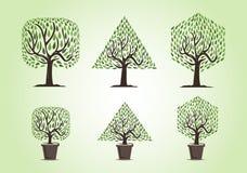 Satz Bäume mit verschiedenen Formen lizenzfreie abbildung