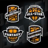 Satz Basketball trägt Logos zur Schau Stockfotos