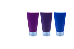 Satz blaue Plastikbehälter - Kosmetik lizenzfreie stockfotografie