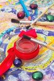 Satz Bleistifte und Farben Stockbild