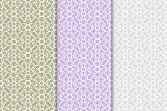 Satz Blumenverzierungen Farbige vertikale nahtlose Muster Stockfotos
