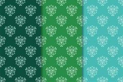 Satz Blumenverzierungen Grünsatz vertikale nahtlose Muster Lizenzfreies Stockfoto