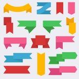Satz bunte Fahnen-Bandschablonen stellte Vektor-Ikone ein lizenzfreie abbildung