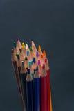 Satz bunte farbige Bleistifte oder Zeichenstifte Mehrfarben Lizenzfreie Stockfotos