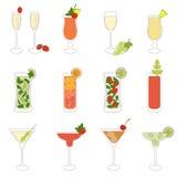 Satz Cocktails und Alkohol-Getränke Lizenzfreie Stockbilder