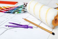 Satz Dekorateur ` s Werkzeuge stockfotografie